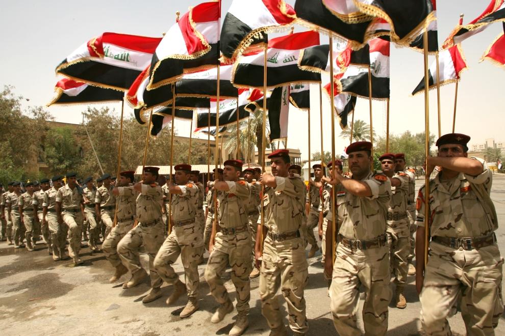 10. IRAK, Bagdad: Defilada oddziałów w Bagdadzie. AFP PHOTO / ALI AL-SAADI