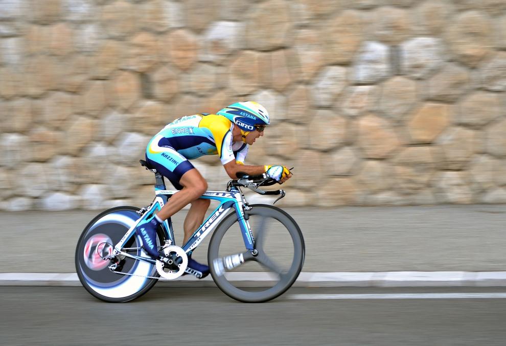 17. MONAKO: Andreas Kloden (Niemcy) jadący podczas pierwszej próby czasowej. (Foto: Koen Haedens/Getty Images)