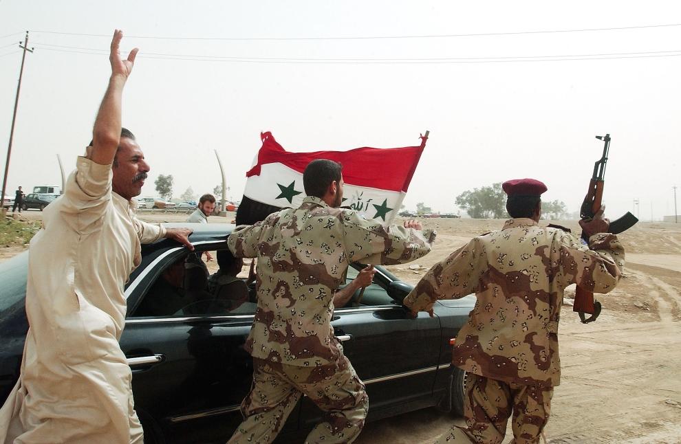 17. IRAK, Falludża: Irakijczycy świętują wycofywanie się wojsk amerykańskich. (Foto: Wathiq Khuzaie/Getty Images)
