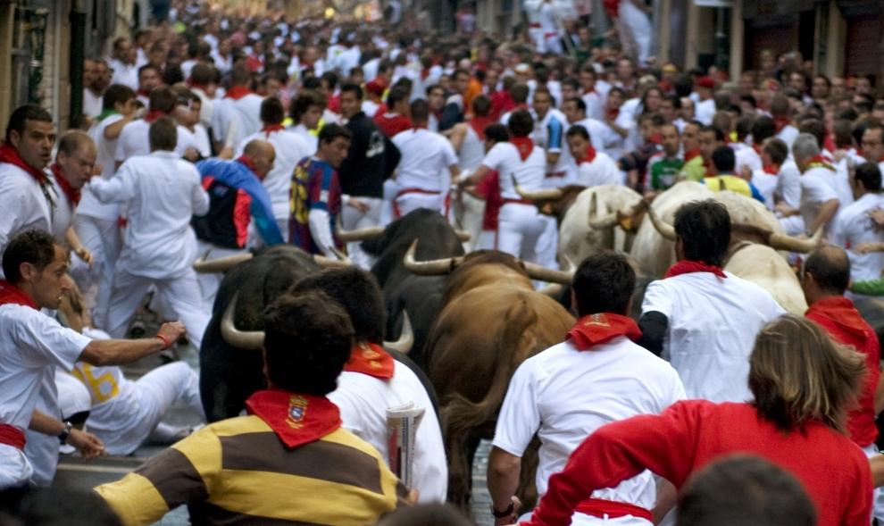 7. HISZPANIA, Pampeluna: Pierwszy bieg z bykami podczas uroczystości ku czci św. Fermina. AFP PHOTO / JAVIER SORIANO