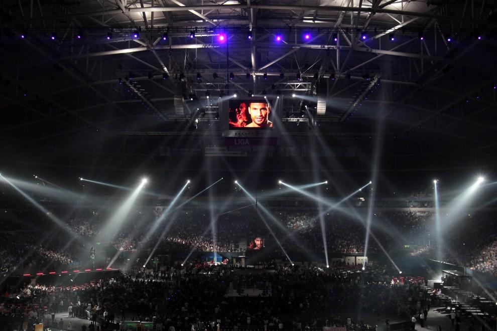 32. NIEMCY, Gelsenkirchen, 29 maja 2010: Veltins Arena podczas walki bokserskiej federacji WBC pomiędzy Witalijem Kliczko i Albertem Sosnowskim. (Foto: Christof Koepsel/Bongarts/Getty Images)