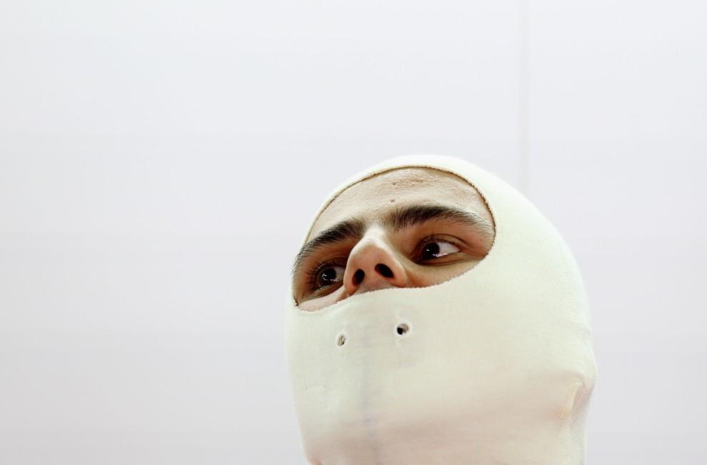 5. BRAZYLIA, Sao Paulo, 5 listopada 2010: Felipe Massa przygotowuje się do treningu na torze w Sao Paulo. (Foto: Paul Gilham/Getty Images)