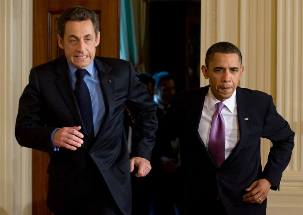27. USA, Waszyngton, 30 marca 2010: Prezydenci USA i Francji spieszą się na konferencję prasową. AFP PHOTO/Saul LOEB