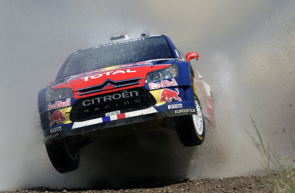 39. PORTUGALIA, Faro, 29 maja 2010: Sebastien Loeb z pilotem Danieeml Elena w Citroenie C4 WRC na trasie rajdu Portugalii. AFP PHOTO/ FRANCISCO LEONG