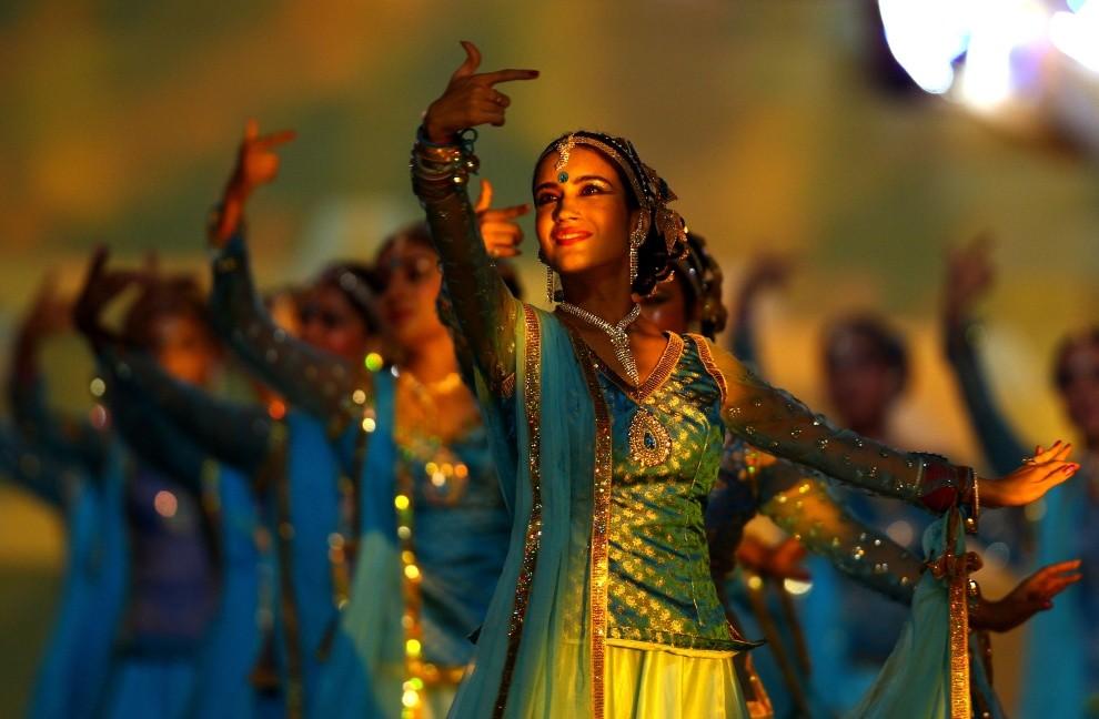 47. INDIE, Delhi, 3 października 2010: Tancerki uświetniające swoim występem uroczystość otwarcia igrzysk Wspólnoty Narodów. (Foto: Feng Li/Getty Images)