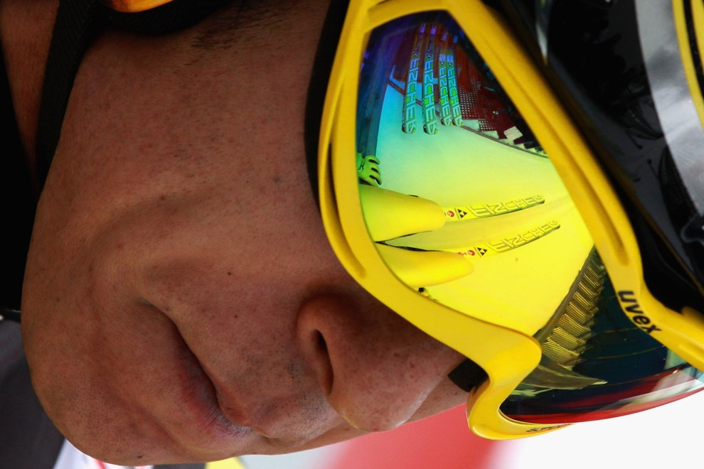 17. NIEMCY, Oberstdorf, 28 grudnia 2010: Japończk Noriaki Kasai na belce startowej skoczni w Oberstdorfie. (Foto: Alexander Hassenstein/Bongarts/Getty Images)