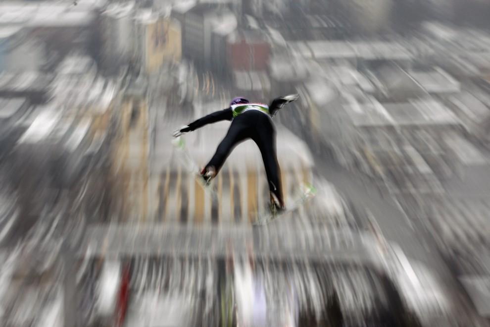 21. AUSTRIA, Innsbruck, 2 stycznia 2011: Martin Schmitt podczas rundy kwalifikacyjnej do zawodów w Innsbrucku. (Foto: Alex Grimm/Bongarts/Getty Images)