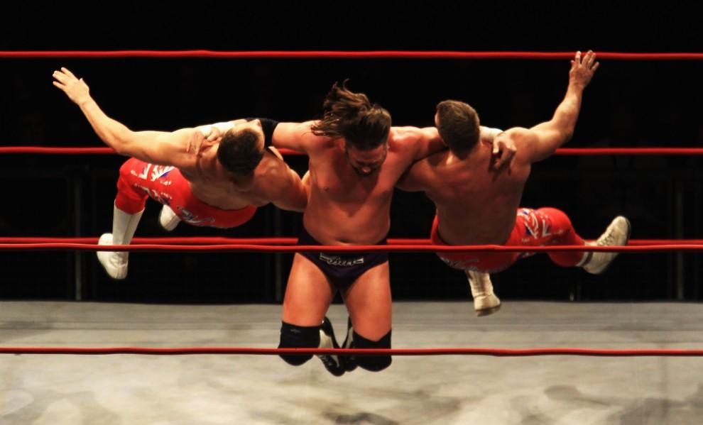 31. NIEMCY, Berlin, 25 stycznia 2011: Walka zawodników Total Nonstop Action Wrestling (TNA), amerykańskiej federacji wrestlingu. (Foto: Joern Pollex/Bongarts/Getty Images)
