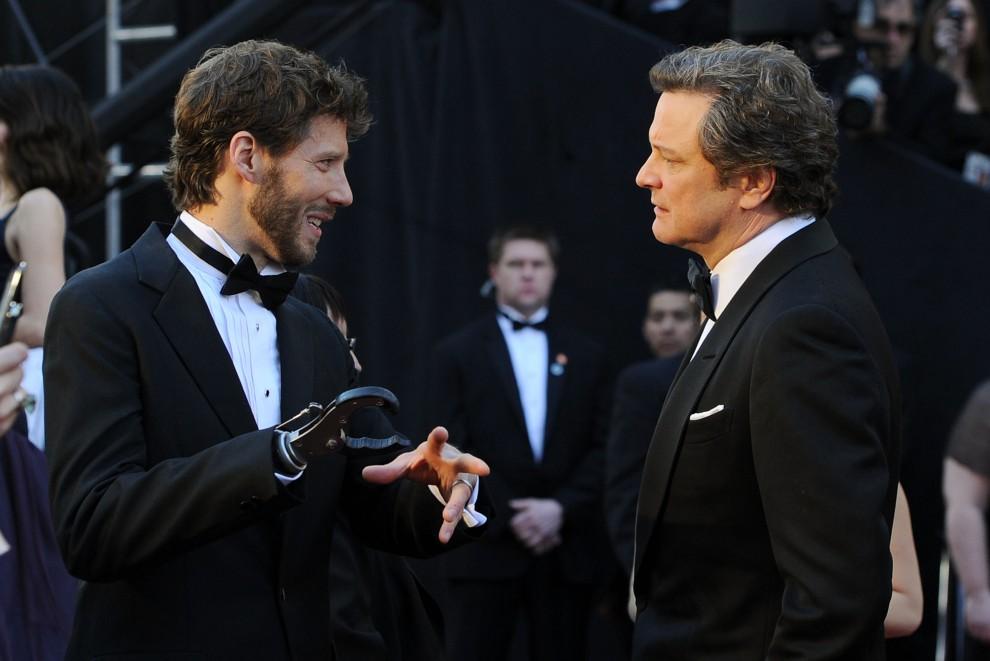 12. USA, Hollywood, 27 lutego 2011: Aron Ralston (po lewej) i Colin Firth na czerwonym dywanie Kodak Theatre. (Foto: Frazer Harrison/Getty Images)