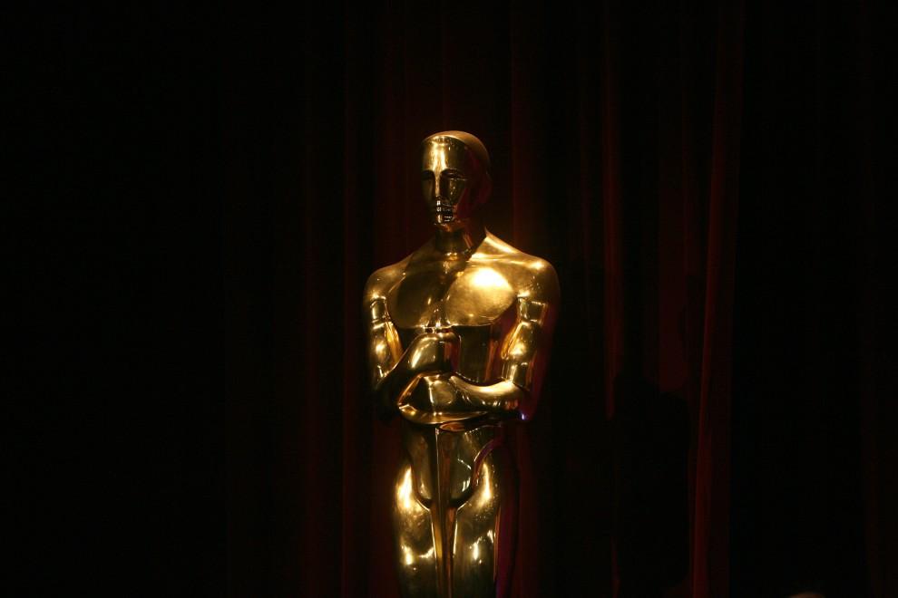 1. USA, Beverly Hills, 22 stycznia 2008: Statuetka Oscara prezentowana przed rozpoczęciem uroczystej gali. AFP PHOTO GABRIEL BOUYS