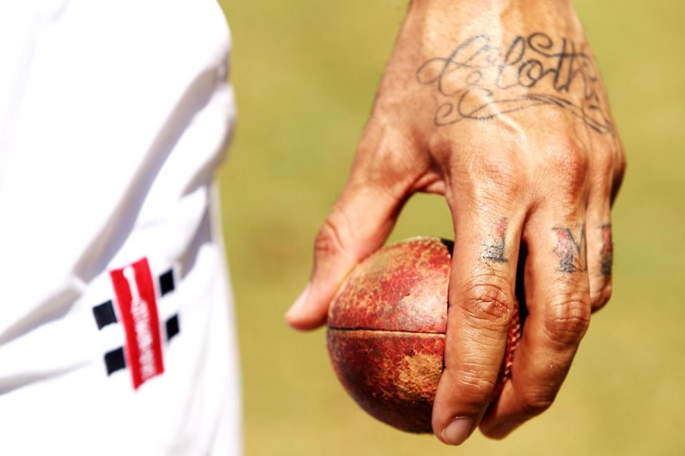 26. AUSTRALIA, Sydney, 1 lutego 2011: Zawodnik drużyny krykieta podczas meczu drużyn z - Sydney University i Compton Cricket Club. (Foto: Brendon Thorne/Getty Images)