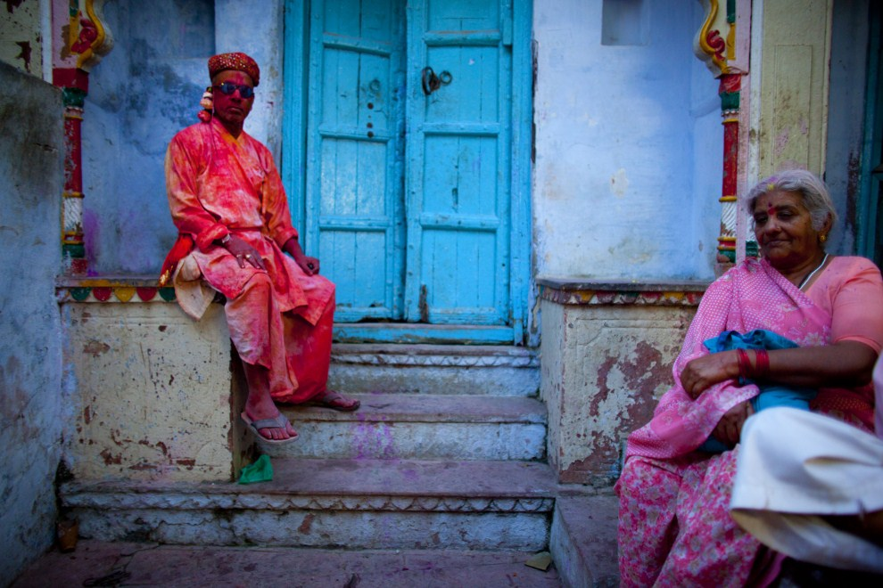 22. INDIE, Vrindavan, 21 marca 2011: Wierni przed świątynią Bankey Bihari. (Foto: Majid Saeedi/Getty Images)