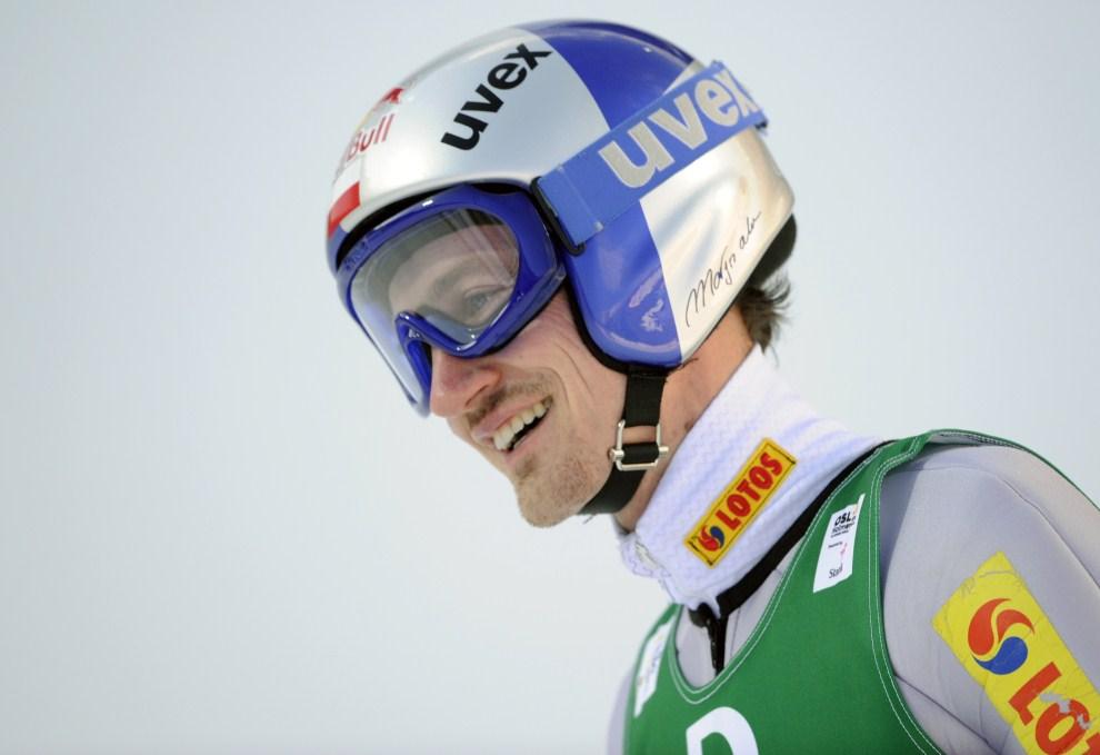 34. NORWEGIA, Oslo, 5 marca 2011: Adam Małysz na dużej skoczni w Oslo. AFP PHOTO/ ODD ANDERSEN