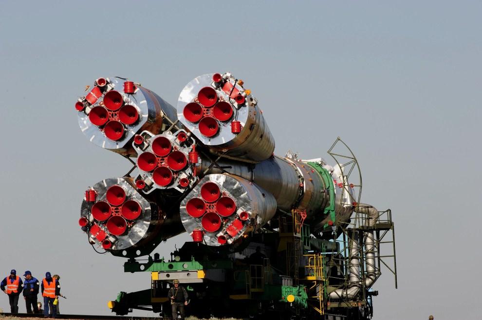 25. KAZACHSTAN, Bajkonur:  Widok transportowanej rakiety Sojuz od tyłu. (Foto: Stephane Corvaja/ESA via Getty Images)