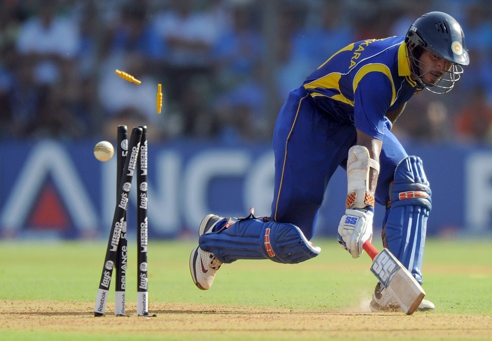 33. INDIE, Bombaj, 2 kwietnia 2011: Kapitan reprezentacji Sri Lanki - Kumar Sangakkara. AFP PHOTO/MANAN VATSYAYANA