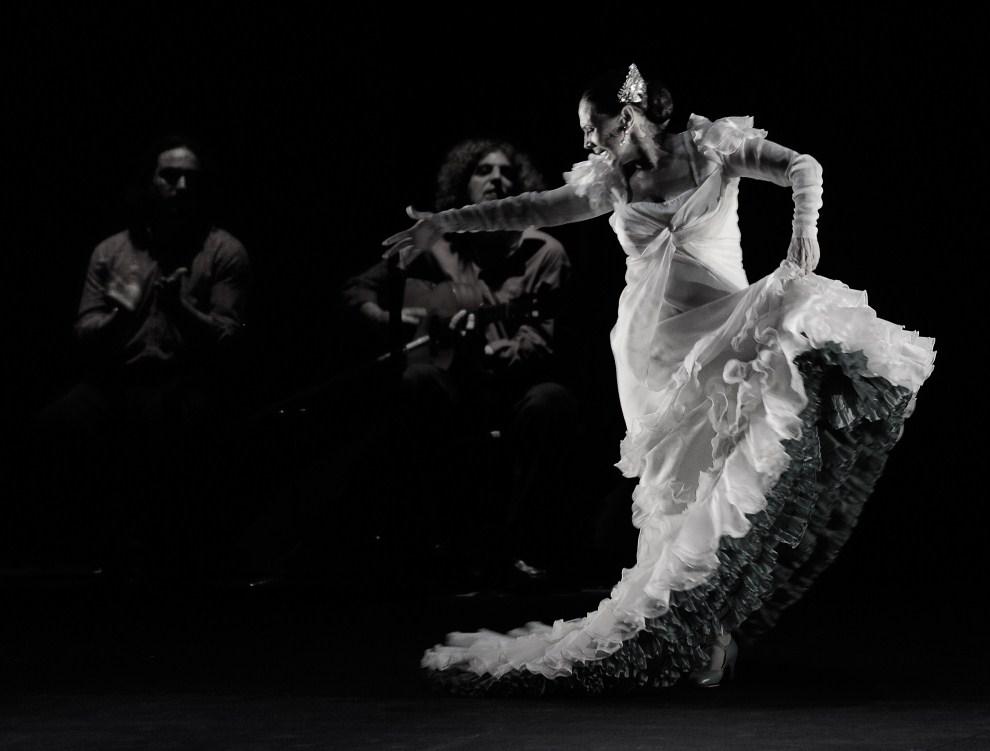 12. ARGENTYNA, Buenos Aires, 24 lutego 2009: Występ Merche Esmeralda w teatrze Presidente Alvear. AFP PHOTO DANIEL GARCIA