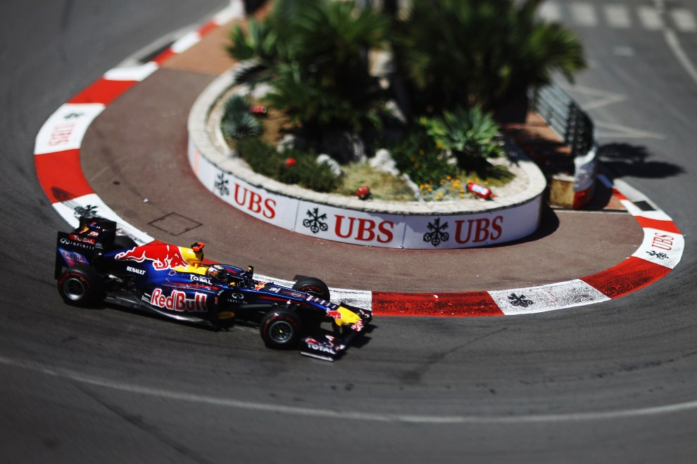 13. MONAKO, 29 maja 2011: Sebastian Vettel (Red Bull Racing) na torze w Monako. (Foto: Paul Gilham/Getty Images)