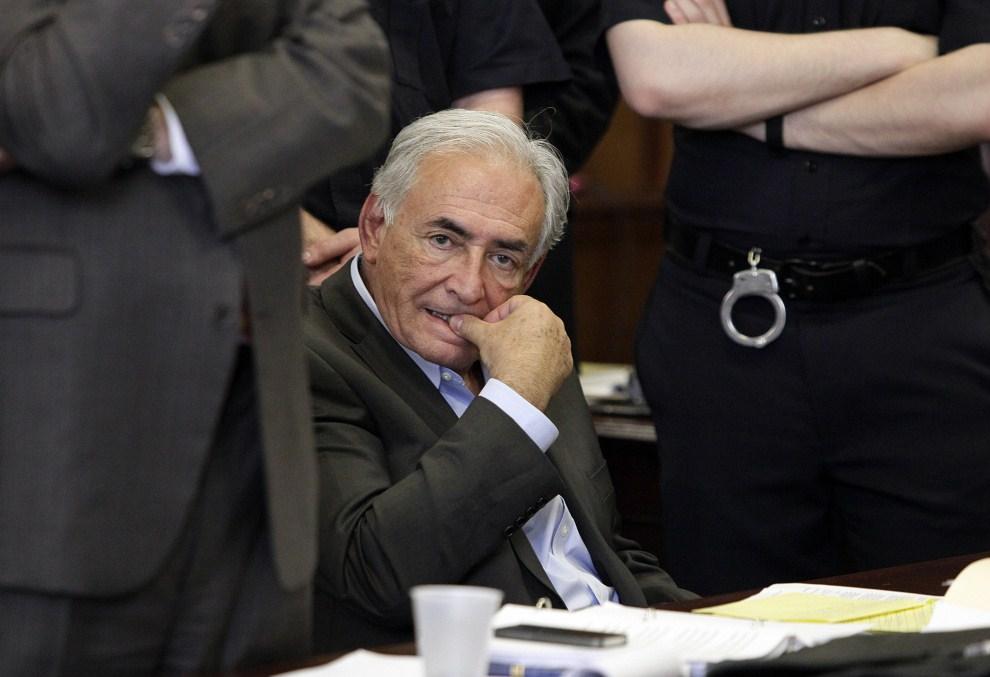 17. USA, Nowy Jork, 19 maja 2011: Dominique Strauss-Kahn w czasie przesłuchania przed Sądem Stanowym w sprawie wyznaczenia kaucji. AFP PHOTO/POOL/Richard Drew