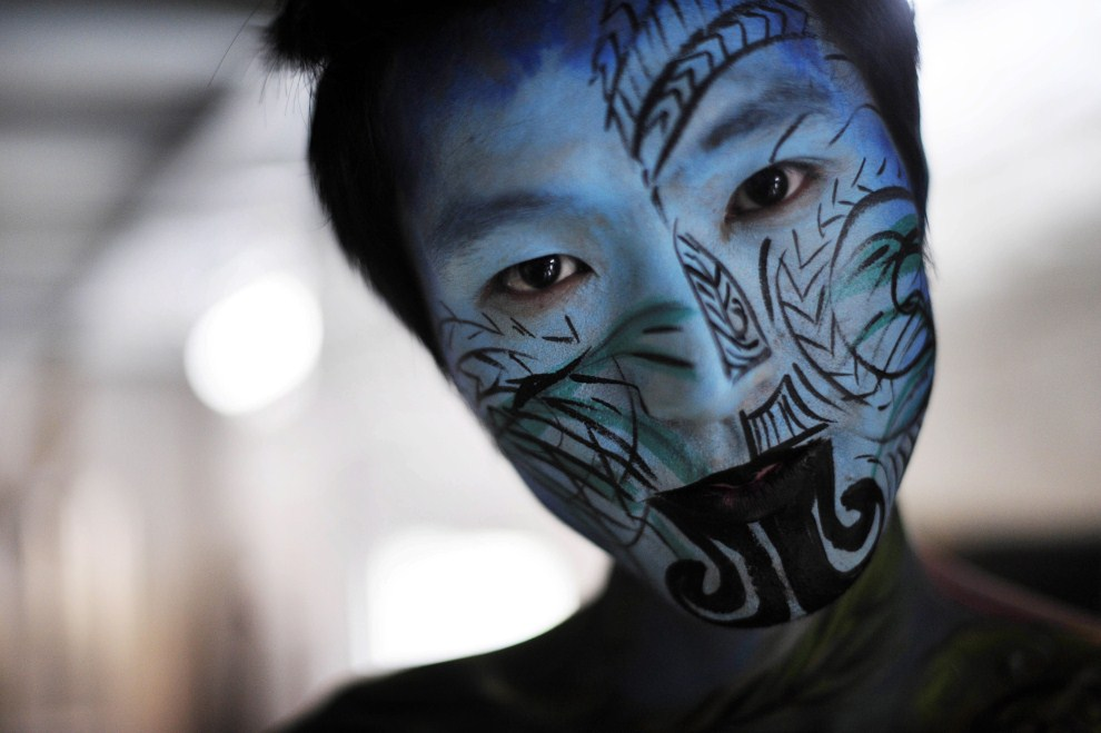 27. CHINY, Chongqing, 8 maja 2011: Model na festiwalu bodypaintingu w Chongqing. AFP PHOTO