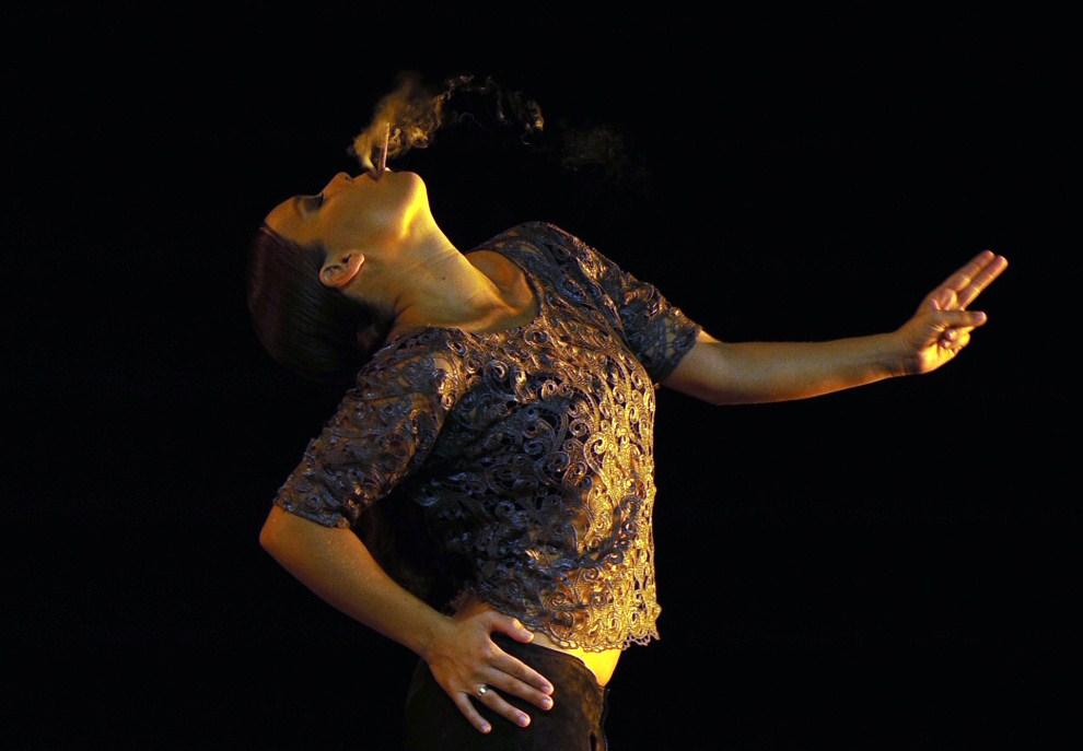 3. HISZPANIA, Sewilla, 19 września 2010: Występ Rocio Molina podczas przesłuchania spektaklu flamenco. AFP PHOTO / CRISTINA QUICLER