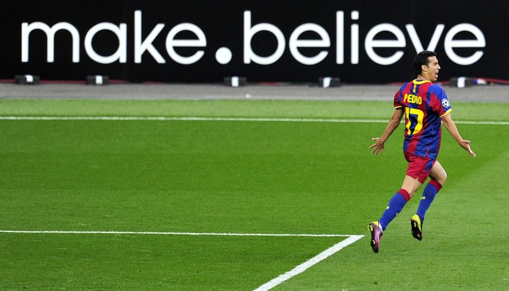 26. WIELKA BRYTANIA, Londyn, 28 maja 2011: Pedro Rodriguez cieszy się z bramki w finale Ligi Mistrzów. AFP PHOTO / GLYN KIRK