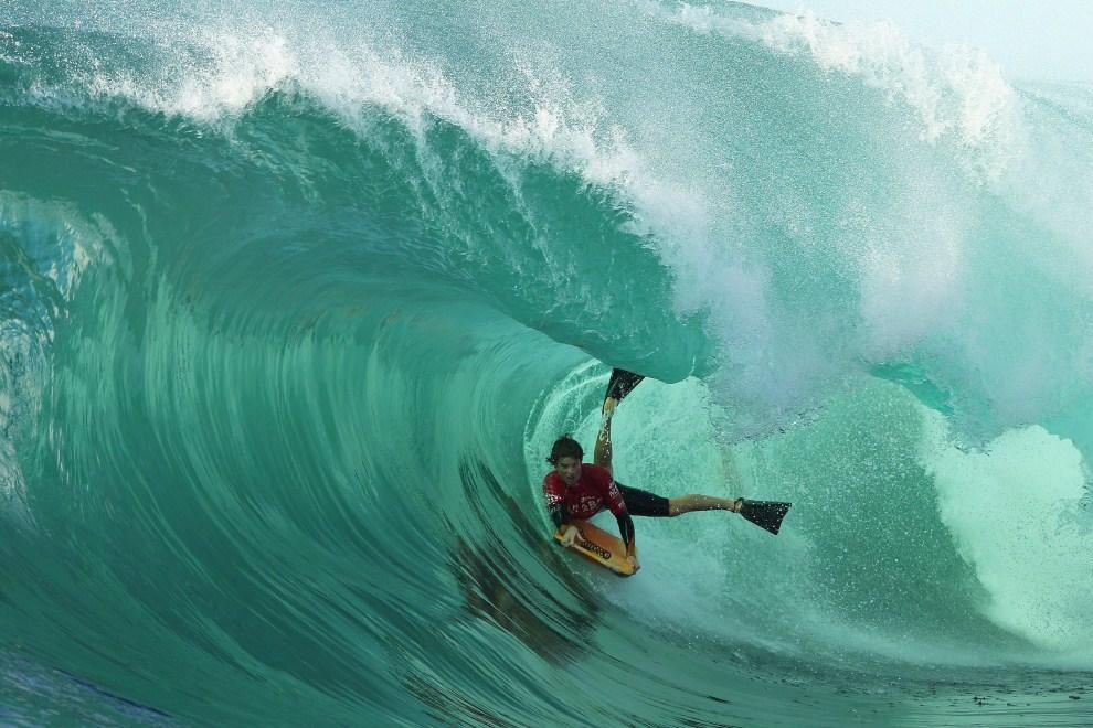 9. AUSTRALIA, Sydney, 17 czerwca 2011: Chase O'Leary  w trakcie zawodów Shark Island Challenge. (Foto: Cameron Spencer/Getty Images)