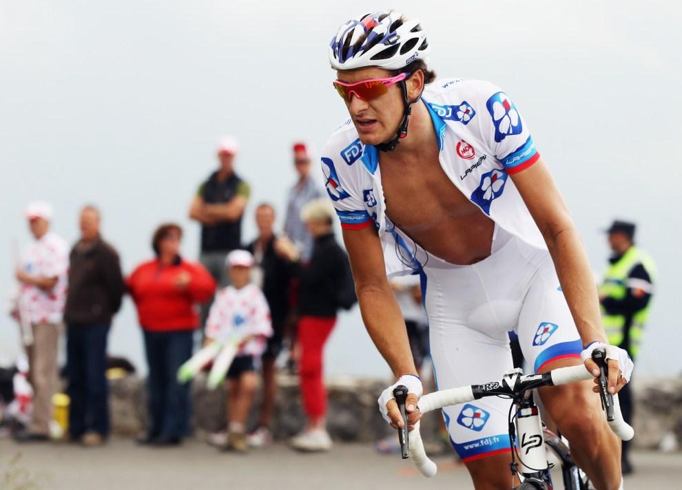 28. FRANCJA. Lourdes, 15 lipca 2011: Anthony Roux na trasie trzynastego etapu TDF. (Foto: Bryn Lennon/Getty Images)