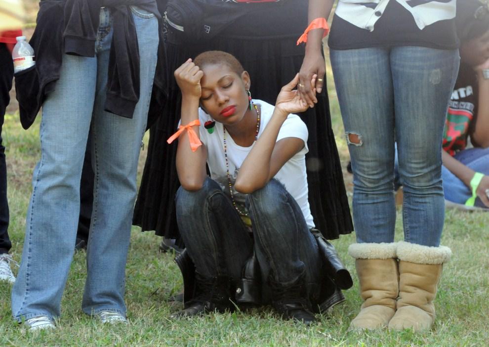 10. USA, Jackson, 21 września 2011: Kobieta protestująca przeciw wykonaniu kary śmierci na Troyu Davisie. AFP PHOTO / ERIK S. LESSER