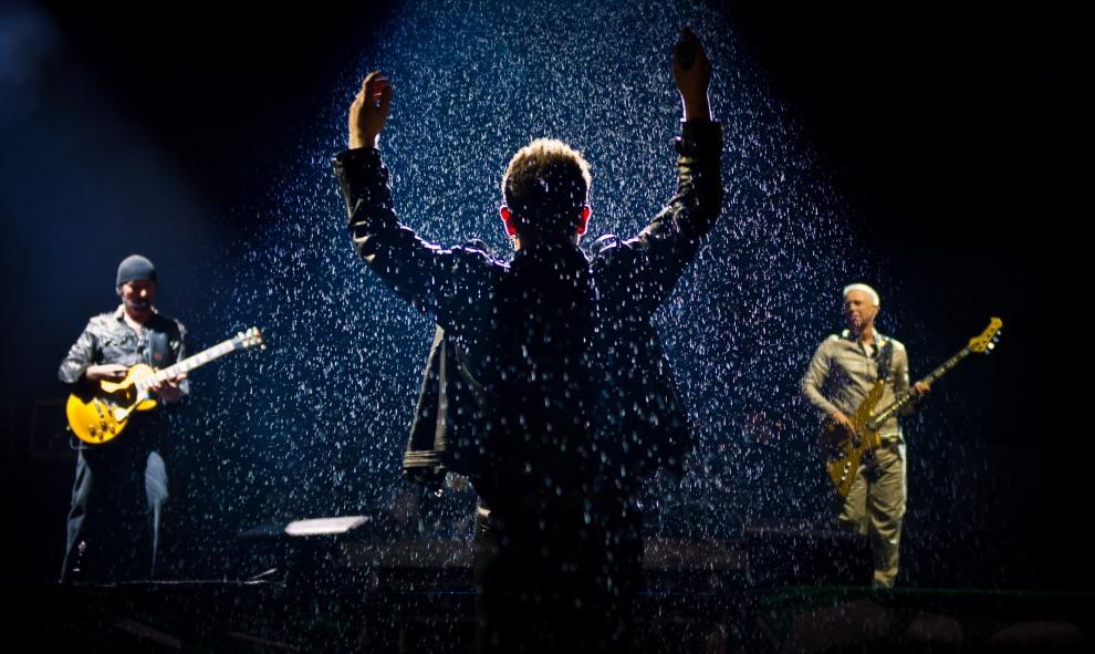 14.WIELKA BRYTANIA, Glastonbury, 24 czerwca 2011: Występ U2 na festiwalu w Glastonbury. (Foto:  Ian Gavan/Getty Images)