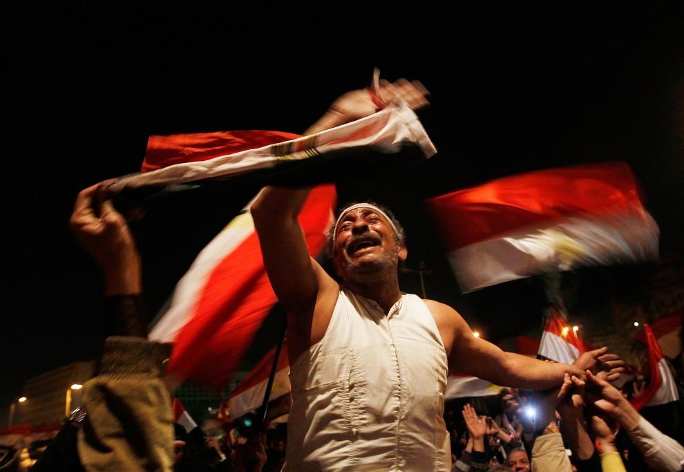 19.EGIPT, Kair, 10 lutego 2011: Reakcja protestujących na decyzję Hosni Mubaraka o pozostaniu na stanowisku głowy państwa. (Foto:  Chris Hondros/Getty Images)
