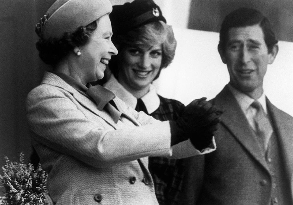 33.WIELKA BRYTANIA, 5 września 1982: Królowa Elżbieta II w towarzystwie syna i Diany.  AFP