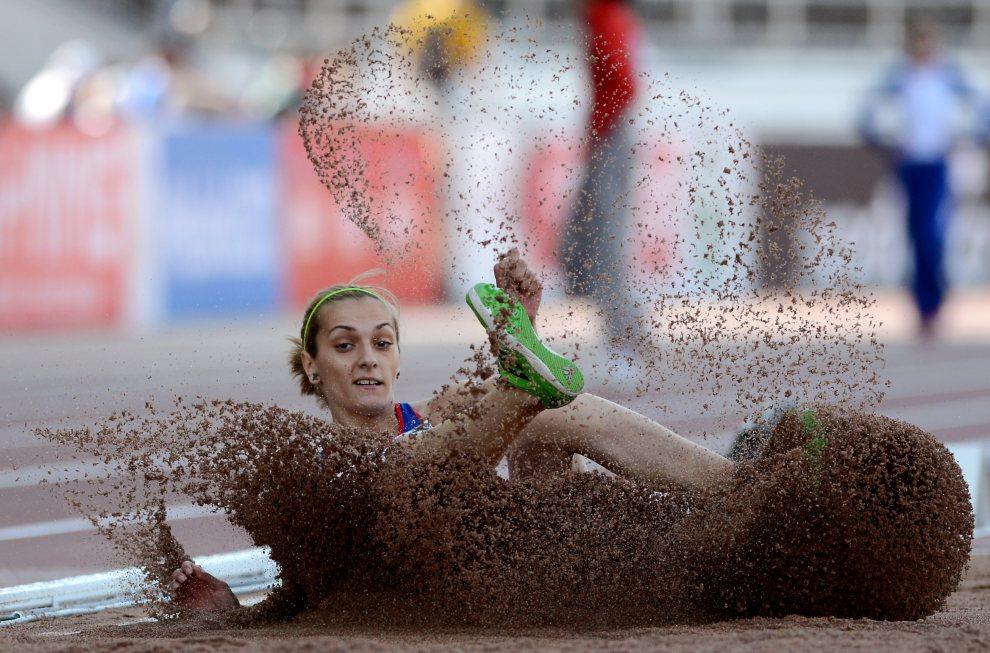 23.FINLANDIA, Helsinki, 27 czerwca 2012: Christina Sandu (Rumunia, skok w dal) podczas Mistrzostwa Europy w Lekkoatletyce. AFP PHOTO / JOHANNES EISELE