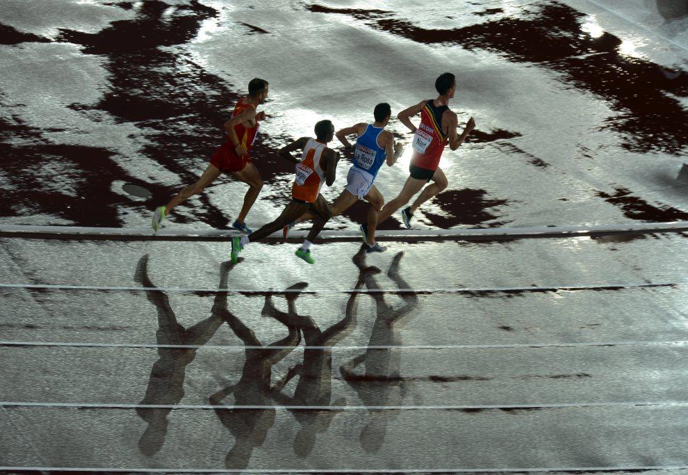 28.FINLANDIA, Helsinki, 30 czerwca 2012: Bieg mężczyzn na dystansie 10km. AFP PHOTO / ADRIAN DENNIS