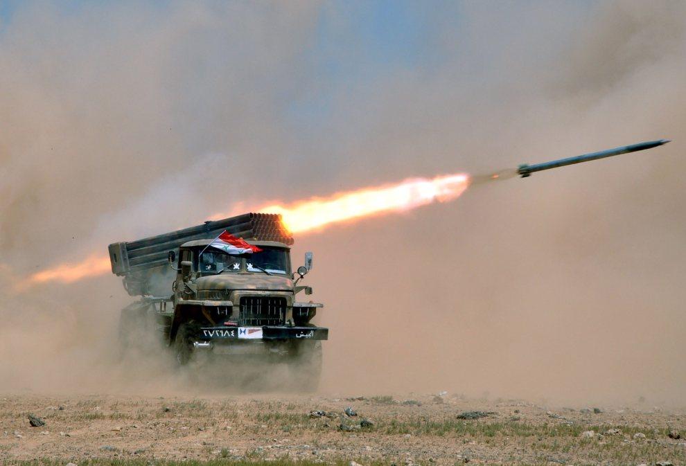 5.SYRIA, brak dokładnej lokalizacji, 8 lipca 2012: Syryjskie wojska rakietowe podczas ćwiczeń. AFP PHOTO/HO