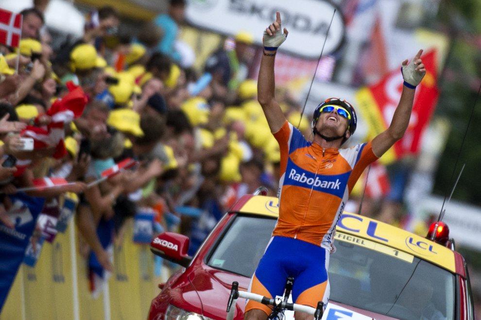 9.FRANCJA, Foix, 15 lipca 2012: Luis-Leon Sanchez, zwycięzca 14. etapu wyścigu. AFP PHOTO / LIONEL BONAVENTURE