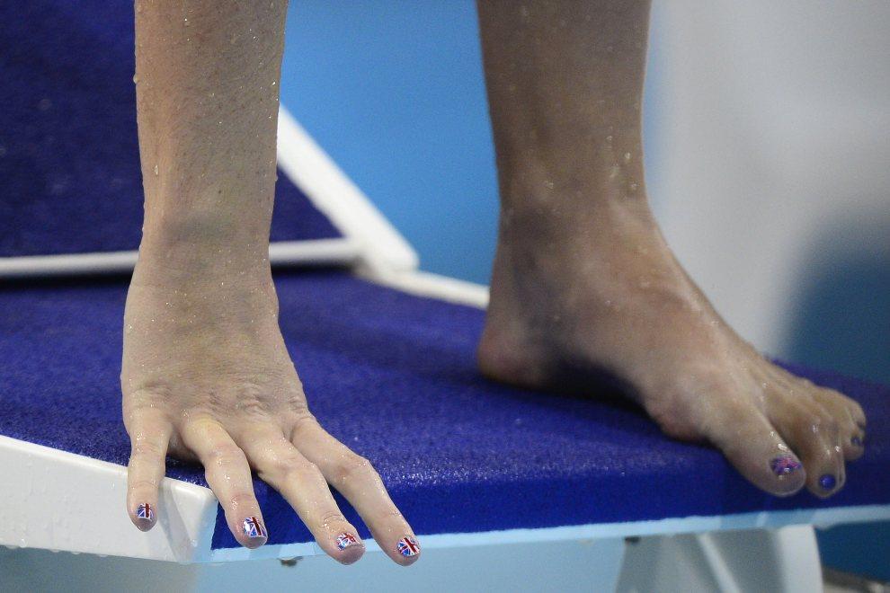 5.WIELKA BRYTANIA, Londyn, 29 lipca 2012: Rebecca Adlington (Wielka Brytania) przygotowuje się do startu w zawodach pływackich (400 m stylem dowolnym). AFP PHOTO   / LEON NEAL