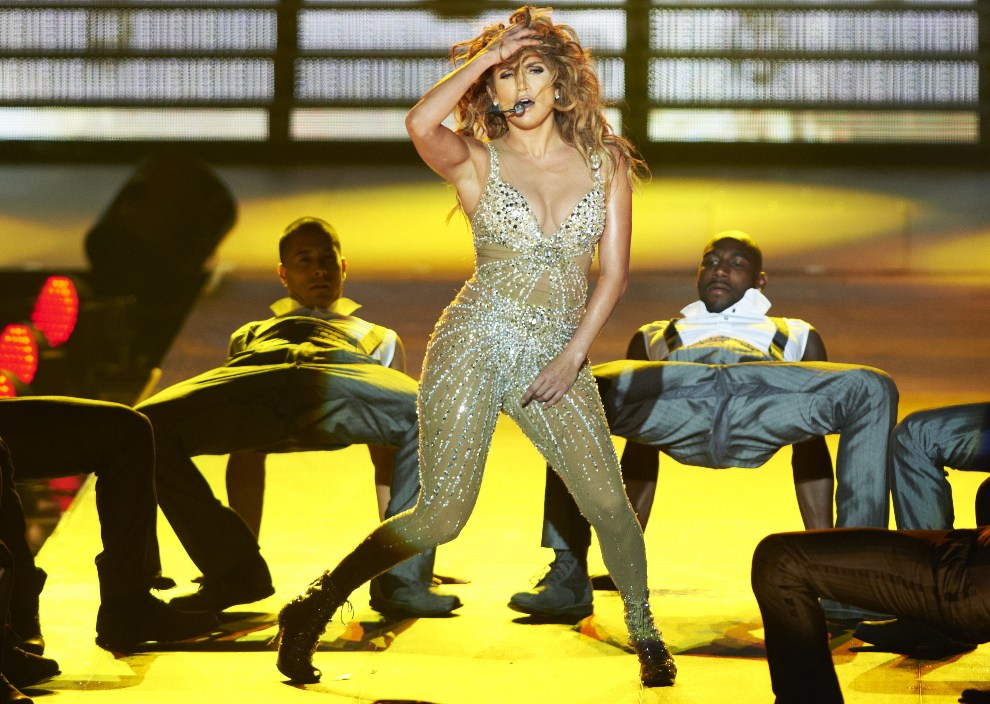 4.POLSKA, Gdańsk, 27 września 2012: Amerykańska aktorka i piosenkarka Jennifer Lopez wystąpiła na PGE Arena Gdańsk. (aw/cat) PAP/Adam Warżawa