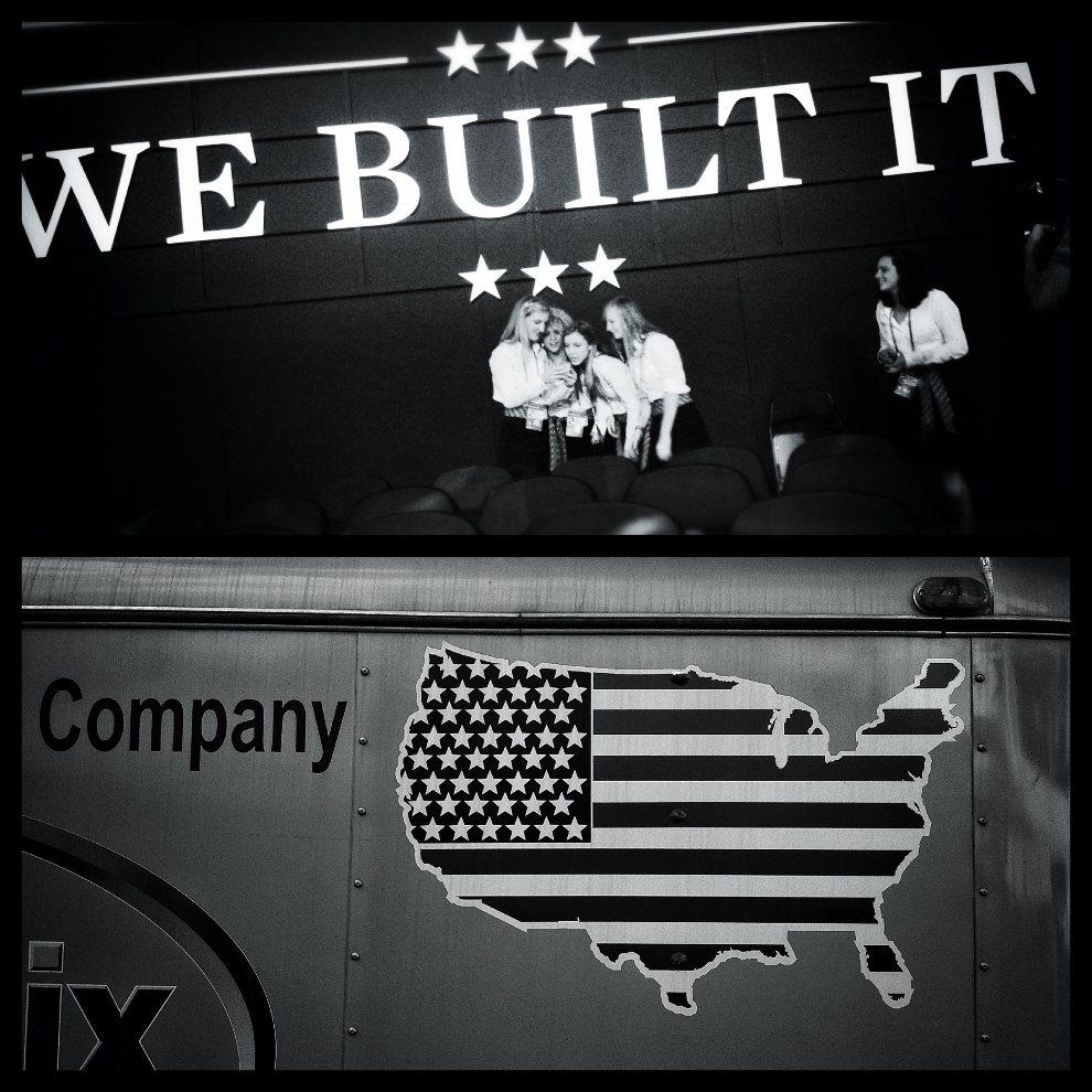 5.USA, Tampa, 28 sierpnia 2012: Zdjęcie górne: Przed rozpoczęciem drugiego dnia konwencji Partii Republikańskiej. Zjęcie dolne: Przyczepa zaparkowana przed Tampa   Bay Times Forum. (Foto: Chip Somodevilla/Getty Images)