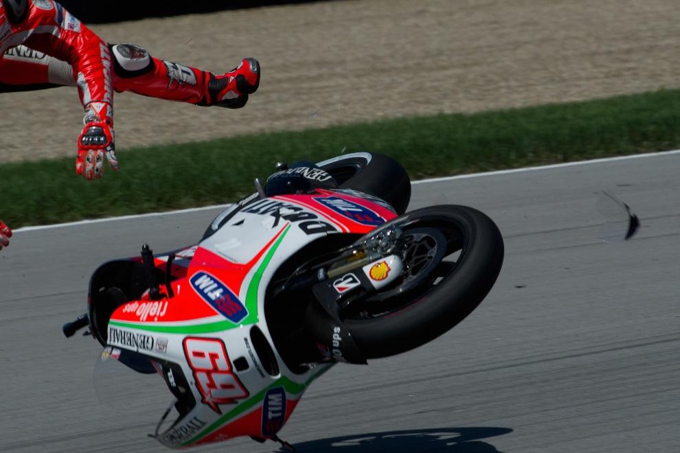 9.USA, Indianapolis, 18 sierpnia 2012: Nicky Hayden (Ducati Marlboro) na torze  Indianapolis. (Foto: Mirco Lazzari gp/Getty Images)