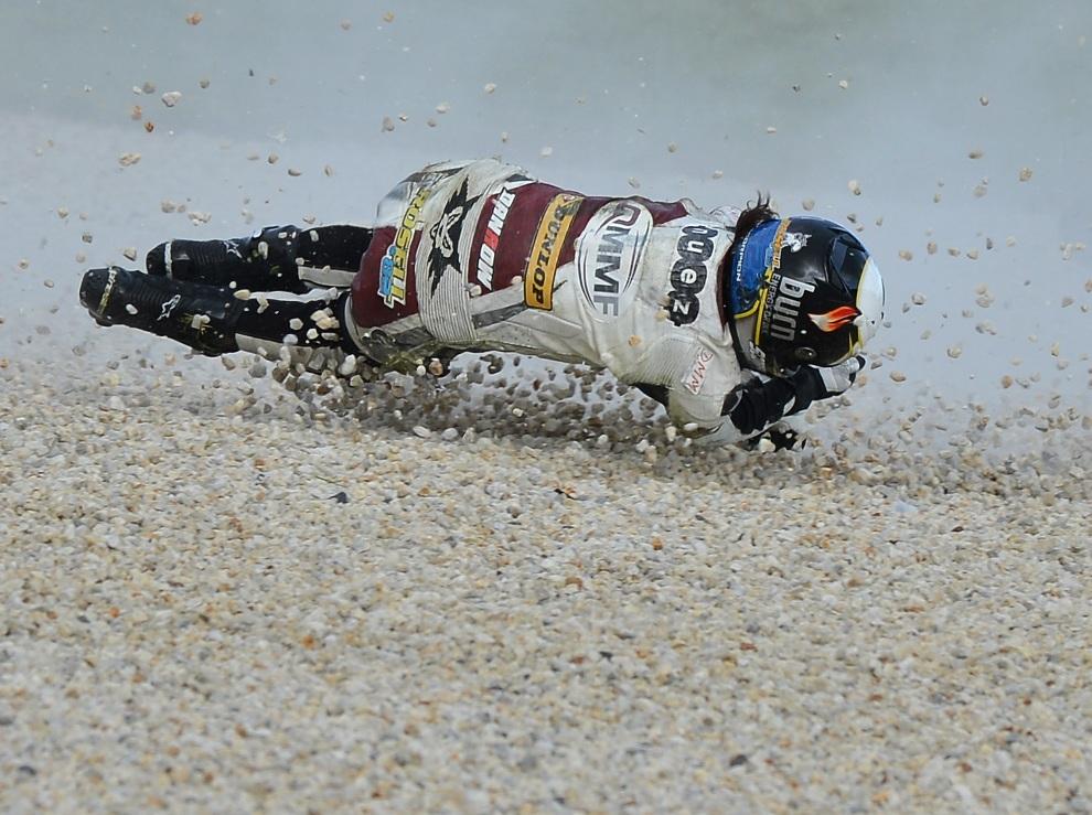 31.AUSTRALIA, Phillip Island, 27 października 2012: Elena Rosell podczas kwalifikacji do Grand Prix Australii serii Moto2. AFP PHOTO/Paul Crock