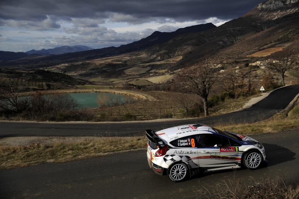 10.MONTE CARLO, Monako, 20 stycznia 2012: Francois Delecour i Dominique Savignoni w samochodzie Ford Fiesta RS WRC. (Foto: Massimo Bettiol/Getty Images)