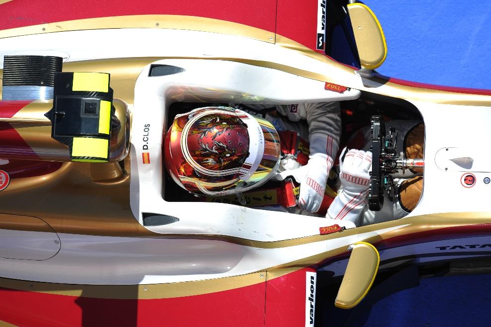 6.HISZPANIA, Montmeló, 11 maja 2012: Kierowca testowy, Dani Clos, na torze w Montmelo. AFP PHOTO / LLUIS GENE