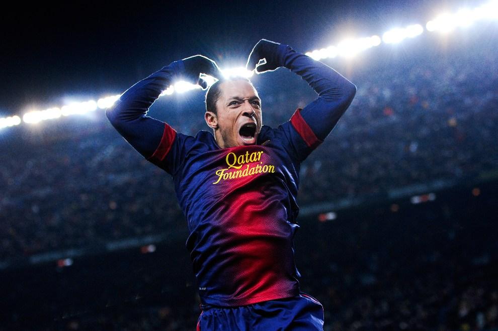 2. HISZPANIA, Barcelona, 1 grudnia 2012: Adriano Correia cieszy się ze zdobytego gola. (Foto: David Ramos/Getty Images)