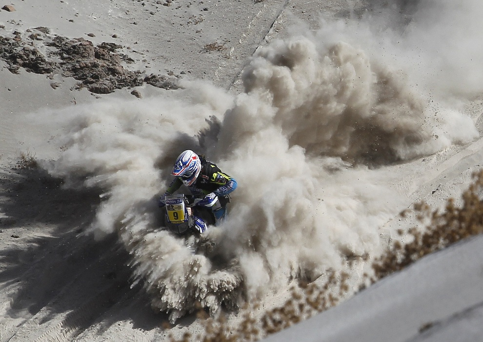 15.CHILE, Arica, 9 stycznia 2013: Olivier Pain podczas etapu Arequipa - Arica. AFP PHOTO / POOL
