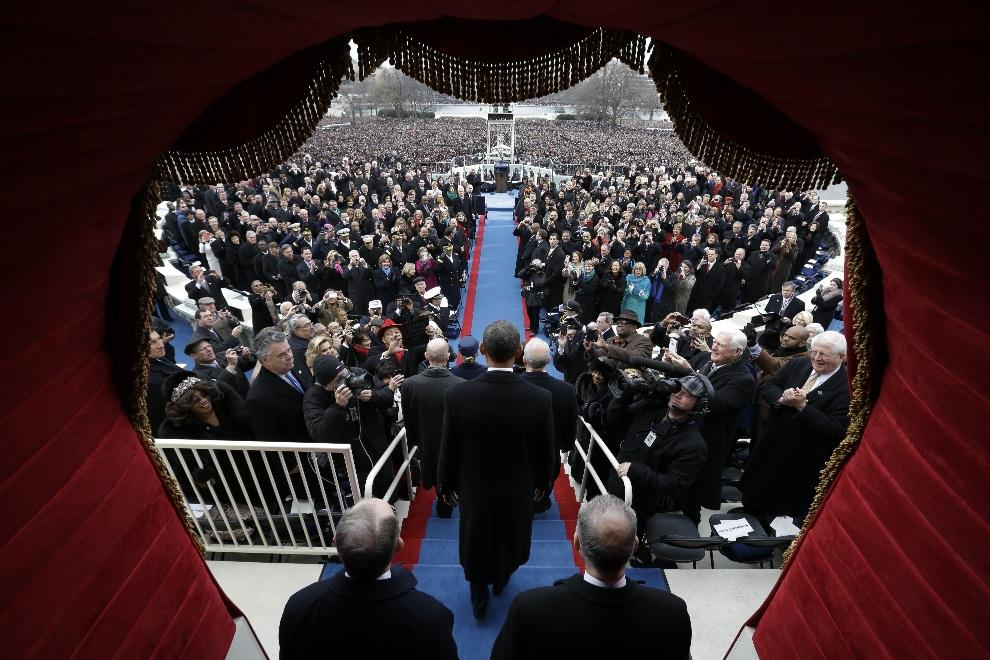 1. USA, Waszyngton, 21 stycznia 2013: Zaprzysiężenie Baracka Obamy na urząd prezydenta Stanów Zjednoczonych Ameryki. AFP PHOTO / POOL / Evan VUCCI