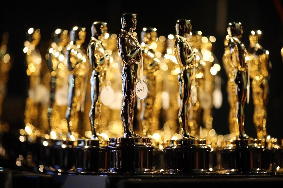 1.USA, Hollywood, 24 lutego 2013: Statuetki ustawione za kulisami uroczystej gali. (Foto: Christopher Polk/Getty Images)