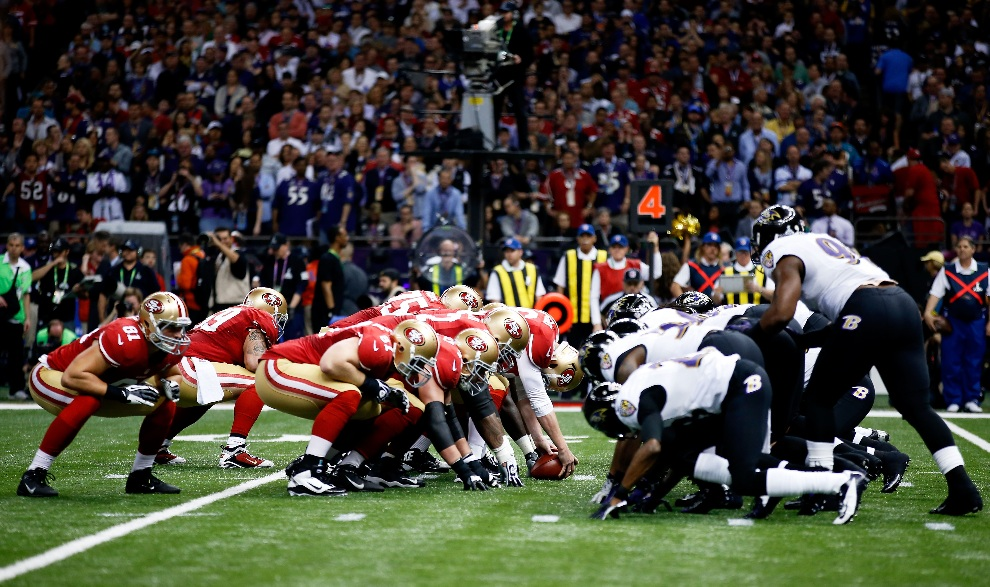 9.USA, Nowy Orlean, 3 lutego 2013: Drużyny The San Francisco 49ers i Baltimore Ravens w drugiej kwarcie spotkania.. (Foto: Chris Graythen/Getty Images)