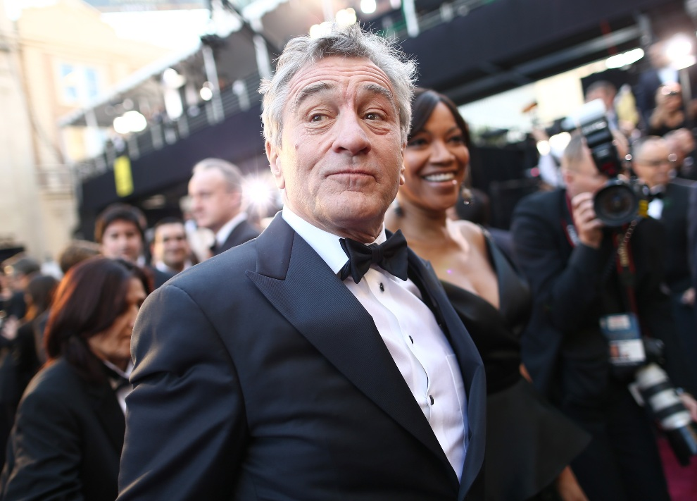 9.USA, Hollywood, 24 lutego 2013: Actor Robert De Niro i Grace Hightower przed wejściem do Hollywood & Highland Center. (Foto: Christopher Polk/Getty Images)