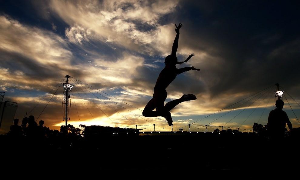 23.AUSTRALIA, Sydney, 9 marca 2013: Kerrie Perkins podczas skoku w dal w Sydney Olympic Park Sports Centre. (Foto: Mark Nolan/Getty Images)