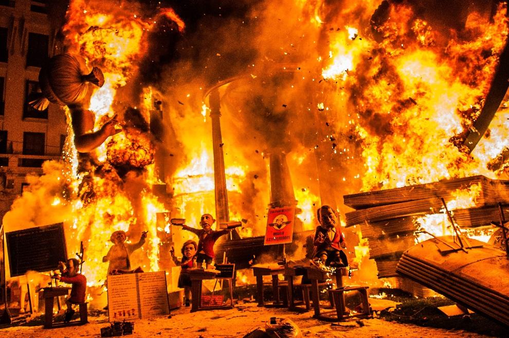 2.HISZPANIA, Walencja, 20 marca 2013: Ostatni dzień Święta Ognia. (Foto: David Ramos/Getty Images)
